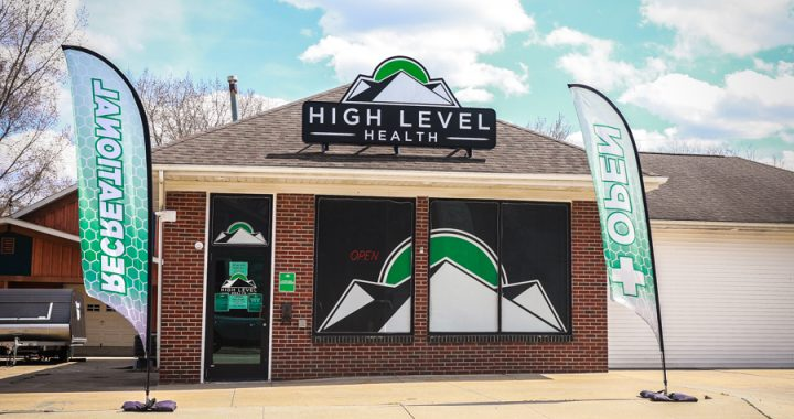 Thumb's second recreational pot store opens