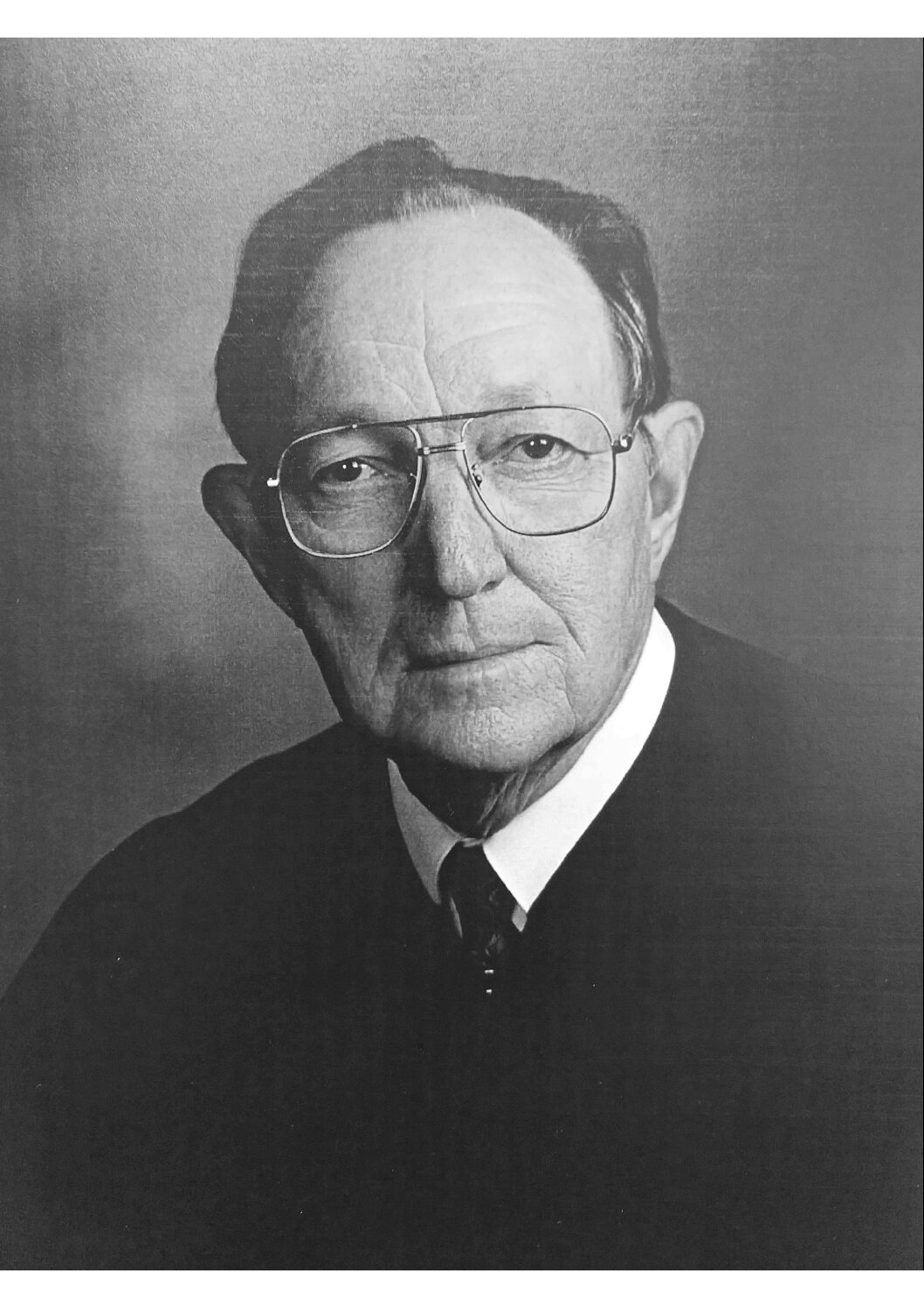 Churchill, former federal judge with Tuscola ties, dies at 96