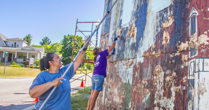 'Paint' it forward: Muralists back new arts group