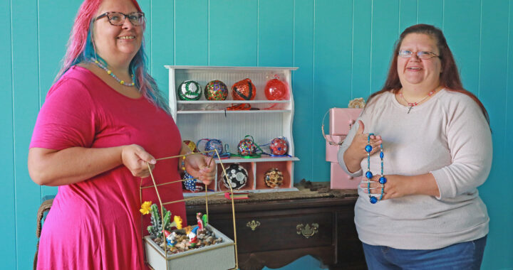 Handmade happiness: Sisters open 'artsy' outlet