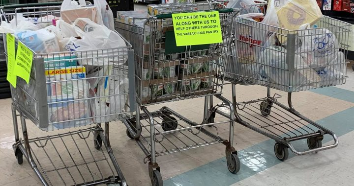 Shop Rite, WKYO team up to help food pantry
