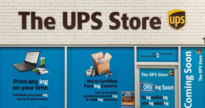 Local UPS owners open new store in Bad Axe