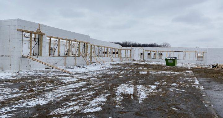 Tis the season: Community gets behind new medical facility