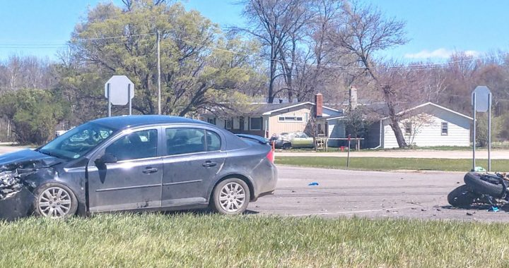 Crash injures Cass City teens, Bad Axe motorcyclist