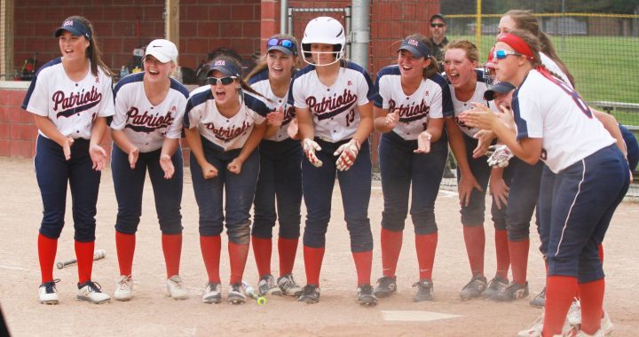 Thumb's state champs duel, USA wins